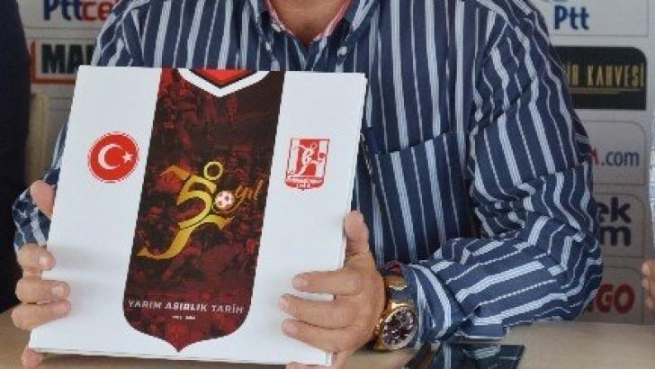 Balıkesirspor'un Kitabı Çıktı