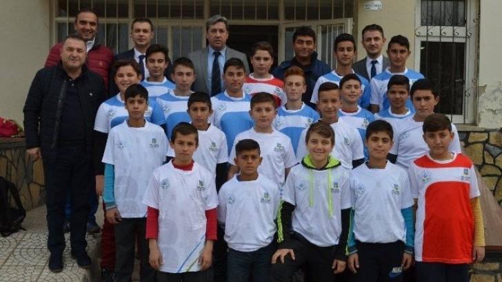 Gömeç'te Mahalle Ligi Futbol Turnuvası